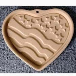 Pampered Chef Patriotic Heart Stoneware Mold