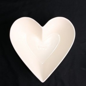 Microwavable Heart Shaped Dish 6in X 7in X 2-1/2in Deep