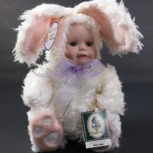 Geppeddo Bunny Cuddle Kids Doll